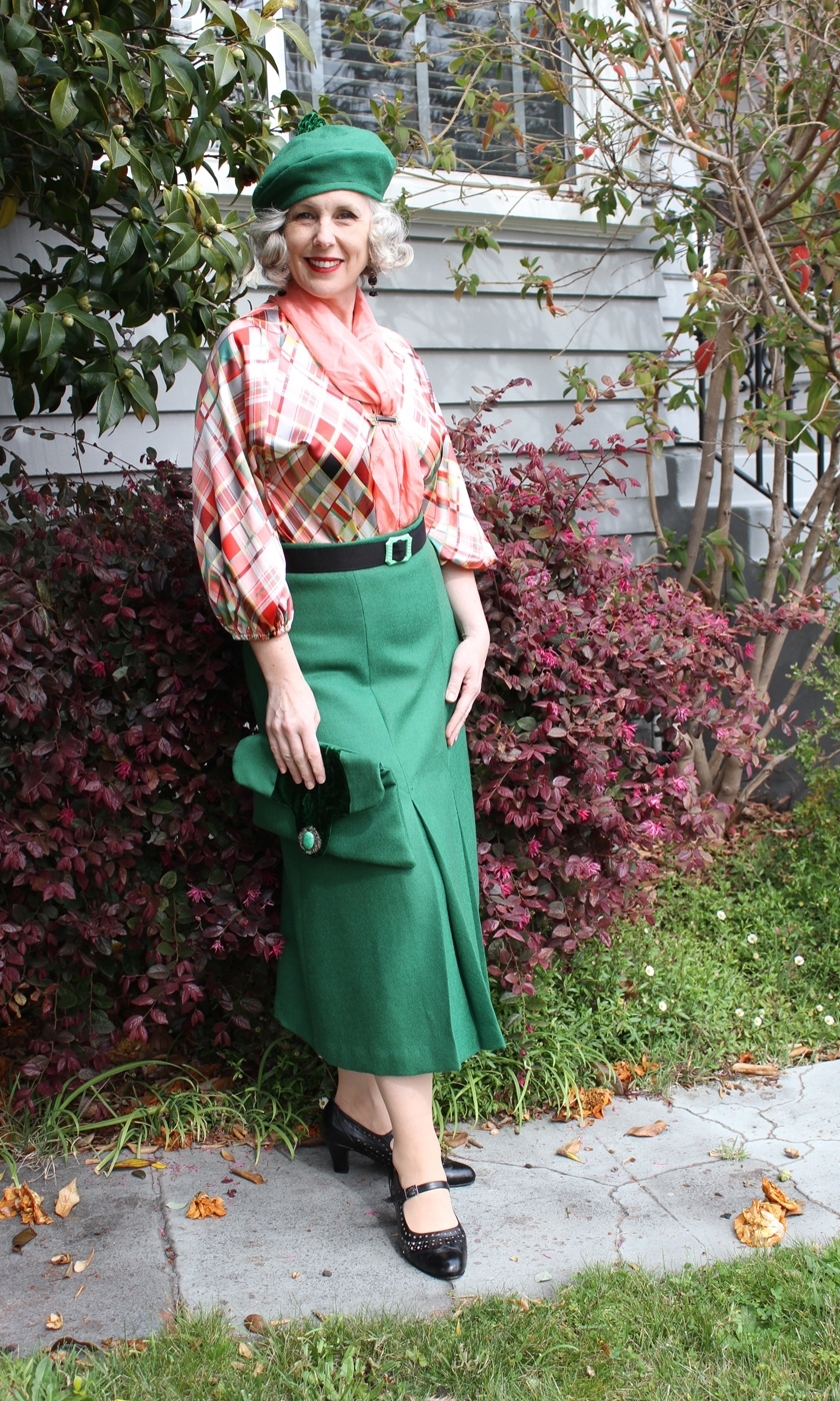 GreenPeachFullLength1.jpg