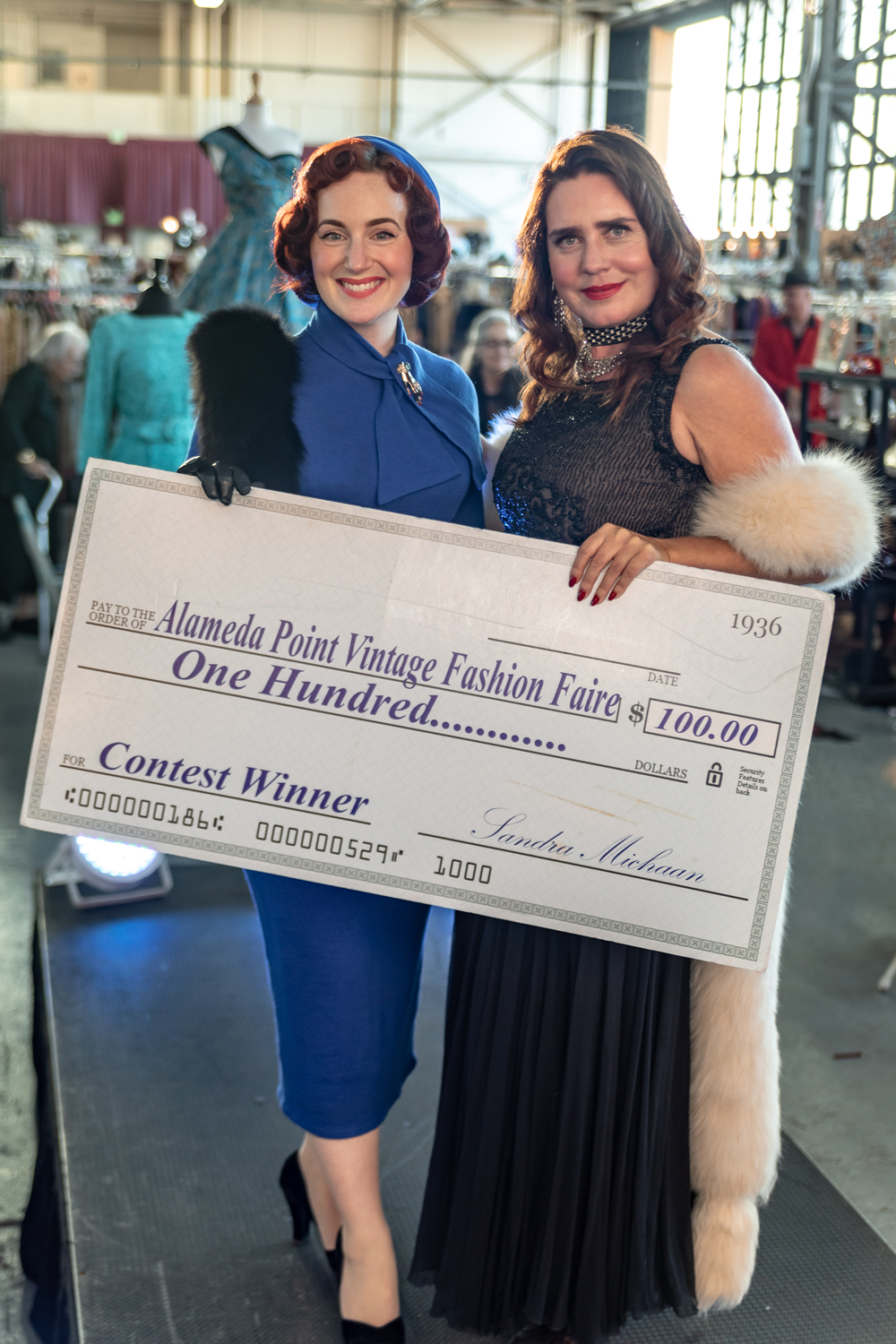 DAISY_COBY_2018_ALAMEDA_VINATAGE_FASHION_FAIRE_0813Resized.jpg
