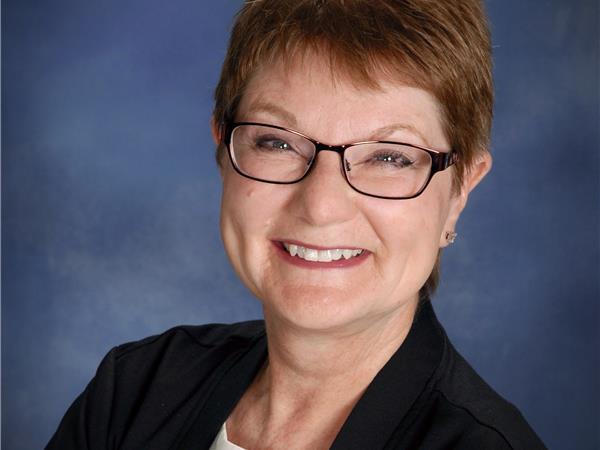 Instructor Linda Sepeda
