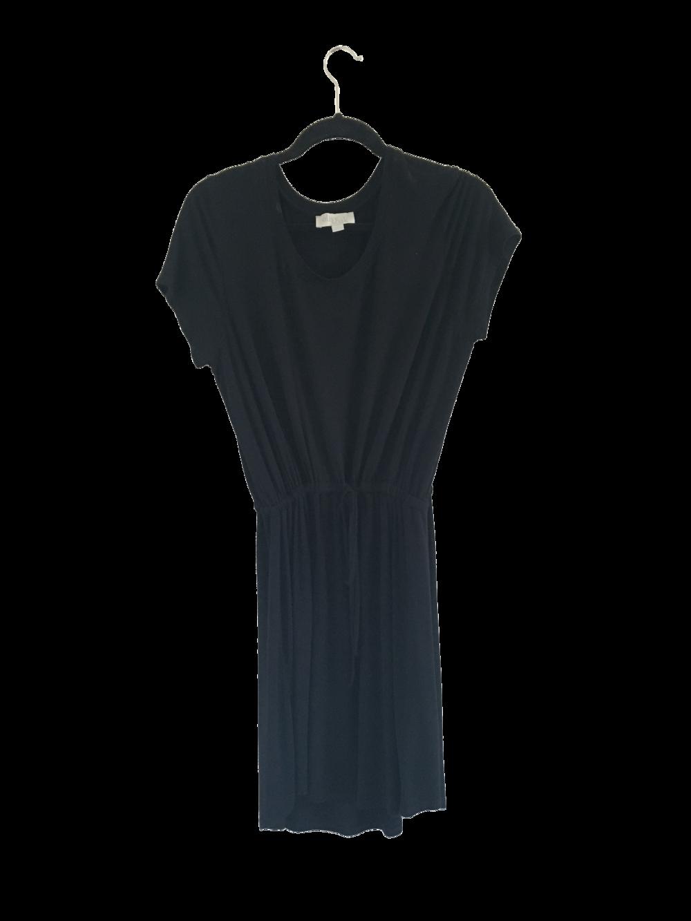 Black Dress Sleeve.png
