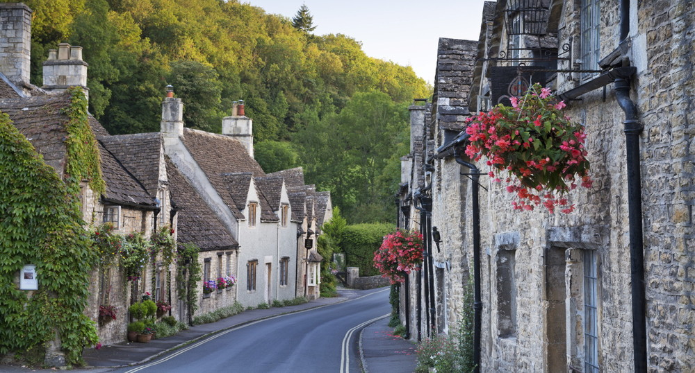 Yup, English villages are pretty darn cute.