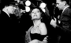If you've never seen Sunset Boulevard, stop everything you're doing (once you're done reading this post!) and immediately watch it.