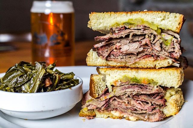 Because no great story ever started with a salad... ending the day with the Smoked Brisket Melt of our dreams and a cold (local) one from @thepigandthepintatl. 😍🙏🏾 #📸 @madelynnerossphoto . . . . . .  #monday #mondaymotivation #eeeeats #ajcdining #atleats #atlantaeats #foodporn #sammie #love #instagood #photooftheday #atlanta #foodnetwork #foodie