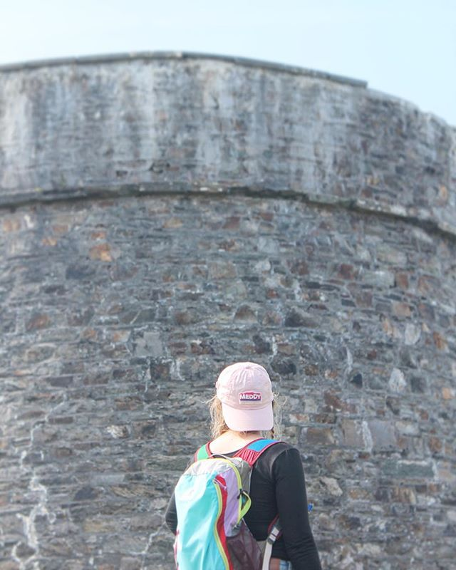 Keep reppin' 🌍  Bonnie Nutting explores the Martello Tower on Bere Island, Ireland. #repmeddy #meddy #bereisland #getoutside #ireland