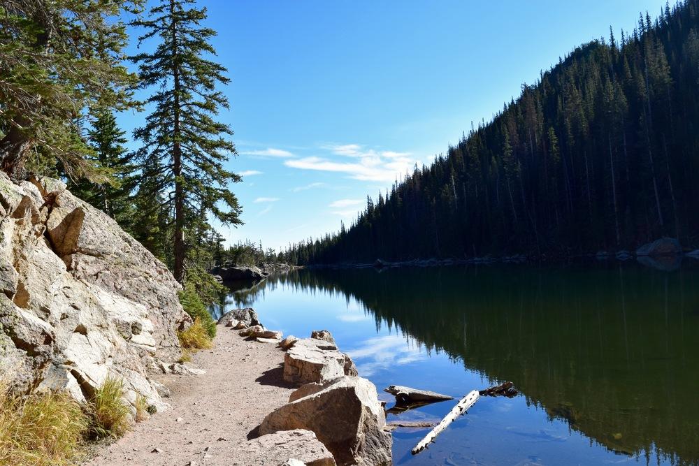 Better shot of Dream Lake