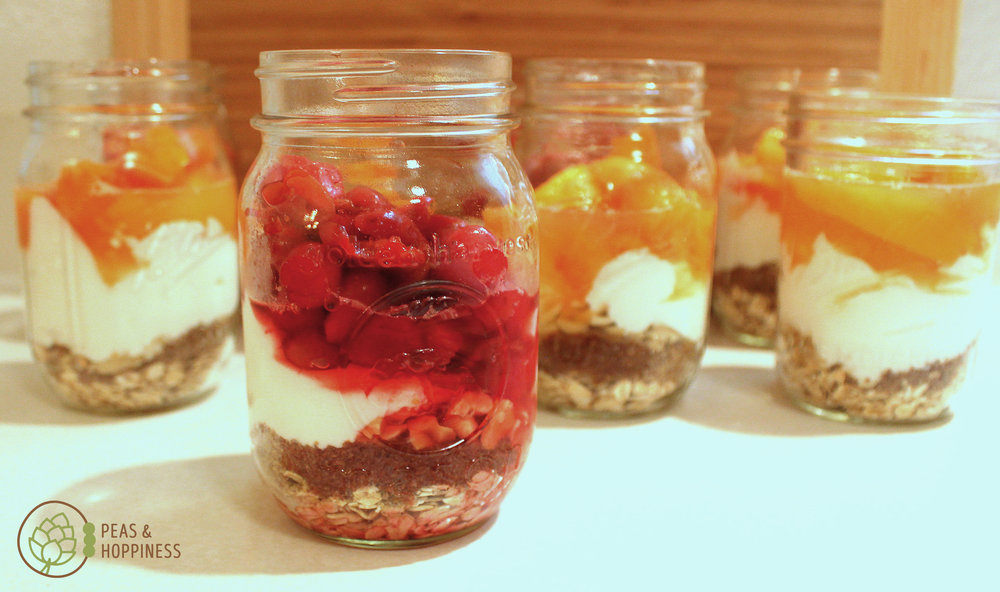 Overnight Oatmeal Jars. Prep on Sunday and enjoy for the whole week!  Get the recipe
