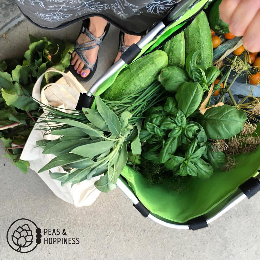 Fresh produce from my friend's garden: dietitian Heaven!