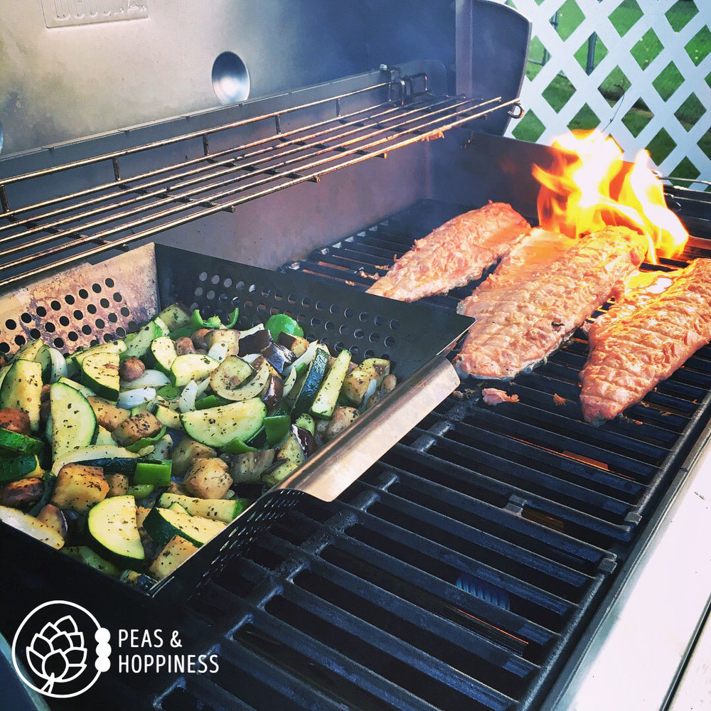 A delicious, easy, low-carb meal: grilled salmon and veggies