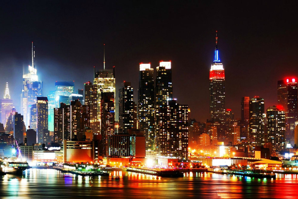 New-York-Skyline-At-Night-2560x1600-Wallpaper-background-glassfactory-nyc.jpg