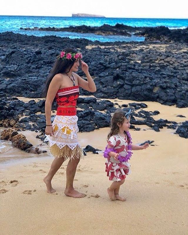 We are role models that encourage to find the hero within you. We all have a special power & talent inside of us, it's time to let your power shine 🌺🐚🐠✨ . . . .  #alohacharacters #moana #moanaparty #hawaii #maui #oahu #princess #dream #magic #inspire #create #kids #inspirechildren #magical #cosplay #party #schools #birthdaypartyideas #kidspartyplanning #princesscreation #superhero #princessparty #superheroparty #characterdesign #hero #heroinyou