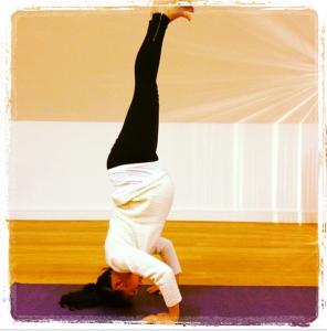 Tammy's headstand