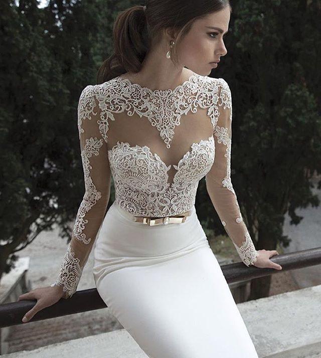 You find the dress, we'll make the body 🙌🏼 Brides made @thebridalclinic  Dress inspo from @bertabridal , this is the most copied #weddingdress in the world!  #dreamwedding #dreambody #dietplan #bridediet #bride #weddingdress #beautyfood #nutrition #healthybride #healthyfood #skinfood #beauty #berta #abiabag #shreddingforthewedding #isaidyes #groom #dress #bikini #bikinibody #weightloss #weightlossjourney #detox #diet