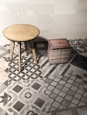 Geometric+stool.jpg