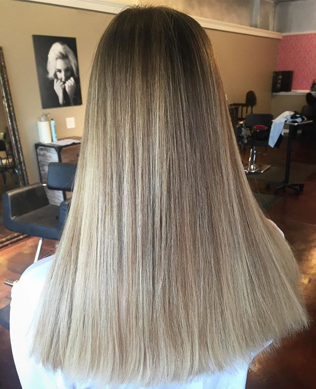 This is something magical. #stlhair #stlhairstylist #balayage #kevinmurphycolorme #kevinmurphy