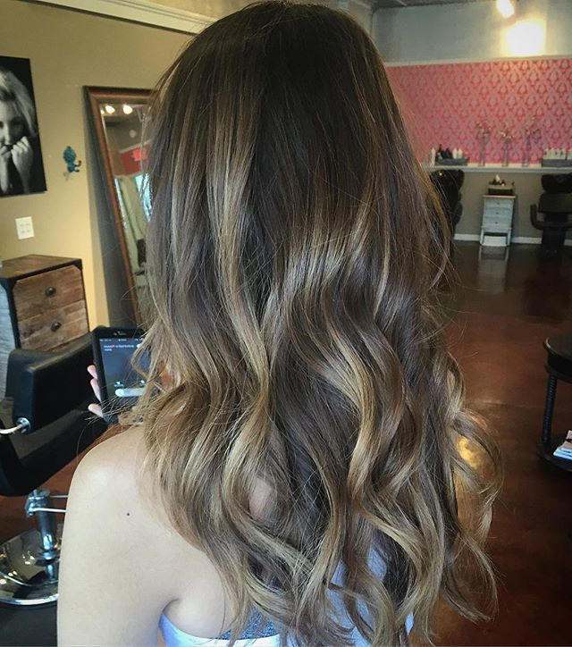 As Kelly would say she's definitely rocking some major JoJo hair. #stlhair #stlhairstylist #balayage #kevinmurphycolorme #kevinmurphy