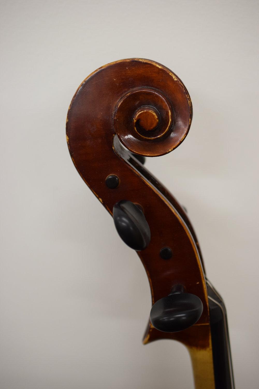 scroll Ozaki cello.JPG