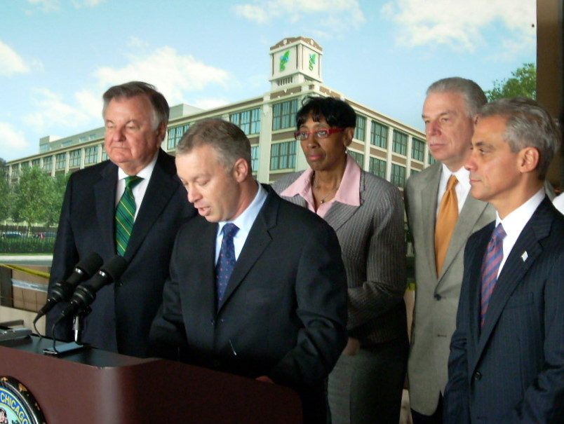 Mayor Rahm Emmanuel holds a press conference at Green Exchange