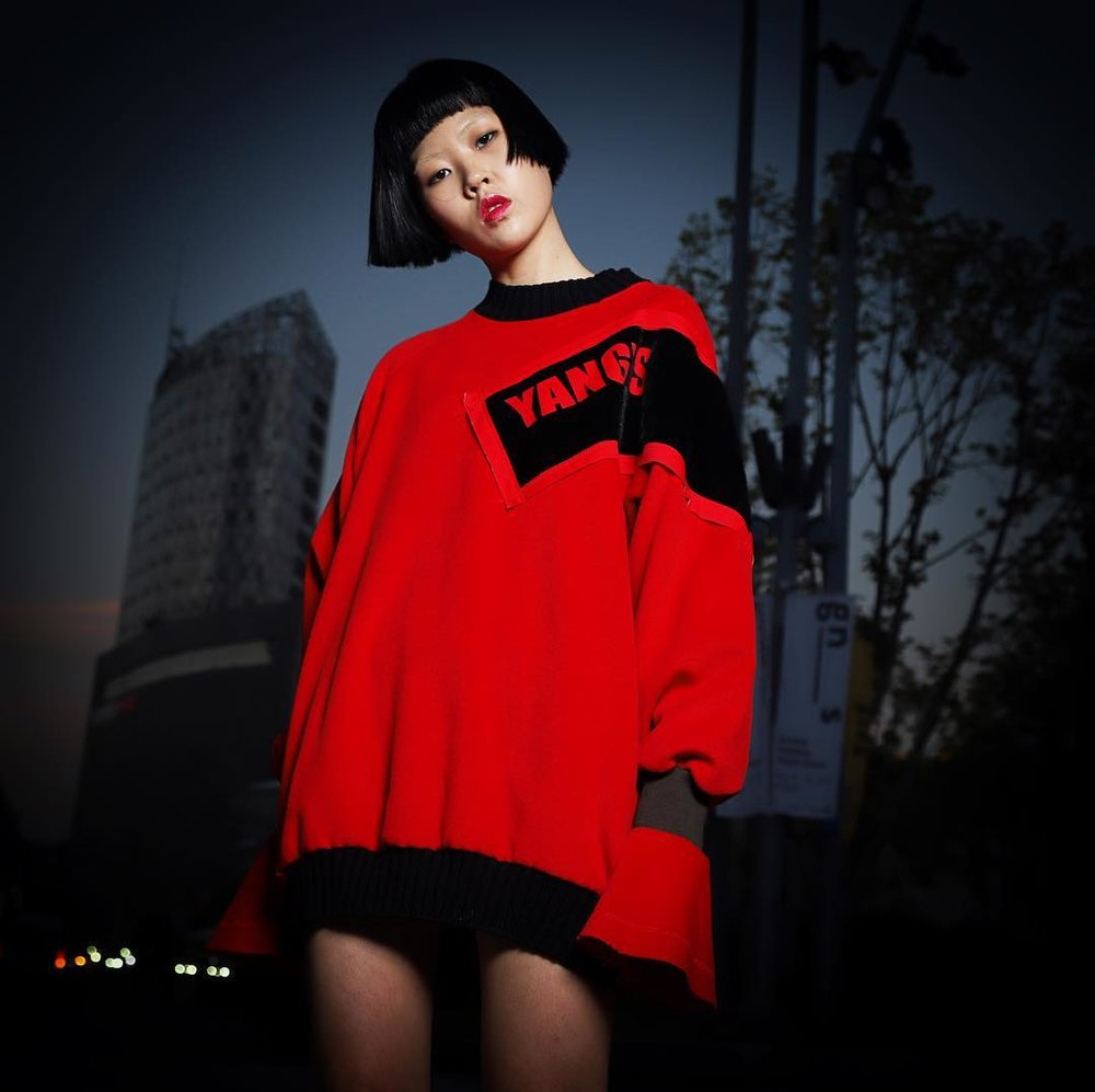 "ASpiring/rising model PAK Cha Hyeon -- whom I got to know through Facebook/Instagram after getting to know dozens of Korean  ""paepi"" --  agreed to pose in and model the street fashion clothing of Korean high fashion designer YANG Hee-deuk, while I added value by shooting ""street photography"" at the Dongdaemun Design Plaza (DDP) complex in a studio-lighting, fashion editorial style."