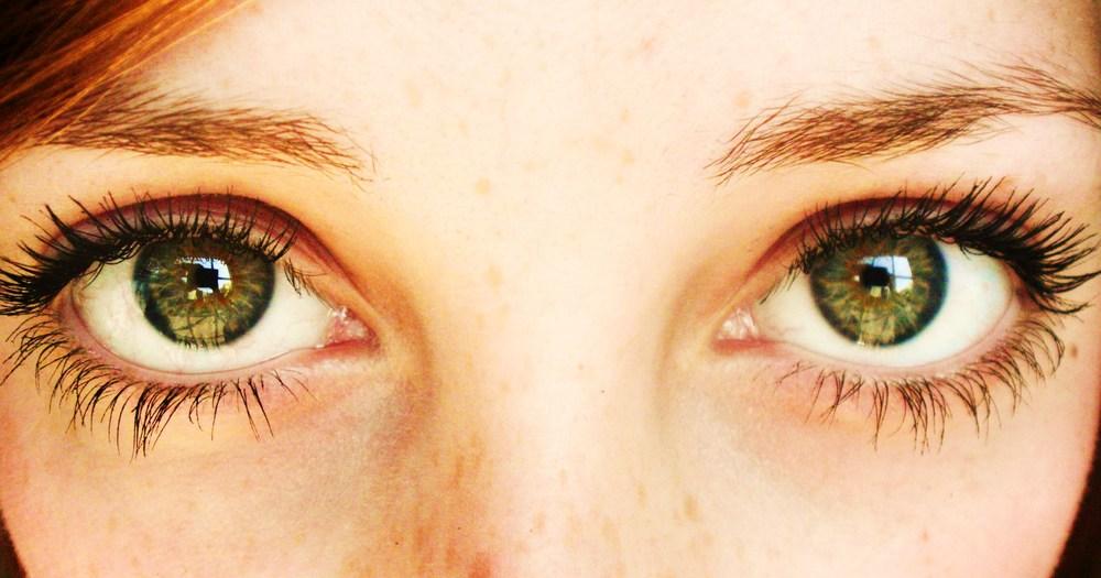 green_eyes_by_pixielixa.jpg