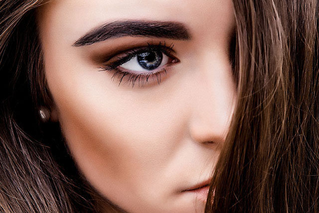Feather Touch Brows -