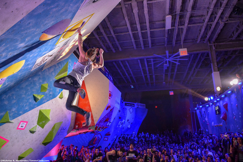Alannah-Yip-W4-Finish-Crowd-Tri-state-Bouldering-Series-Finals-Cliffs-LIC-NY.jpg