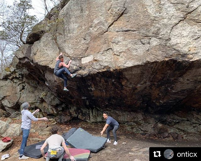 """Spring is in the air! #tristatebouldering and @thecliffslic routesetters @onticx and @vcacamp getting after it! #thecliffscommunity  #Repost @onticx ・・・ This one's for the boys. """"Reckless(V11)"""" ✔️"""