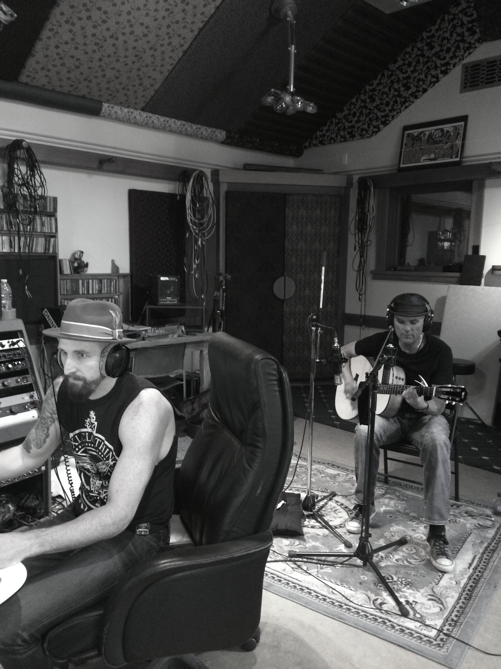 Nic Capelle and Brady Wayne recording for Brady Wayne Sessions