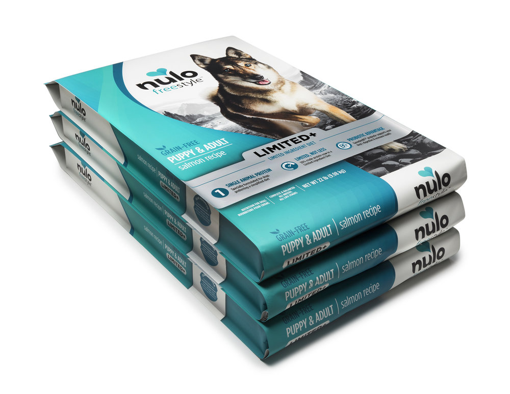 Nulo Dog Food Mockup Metallic