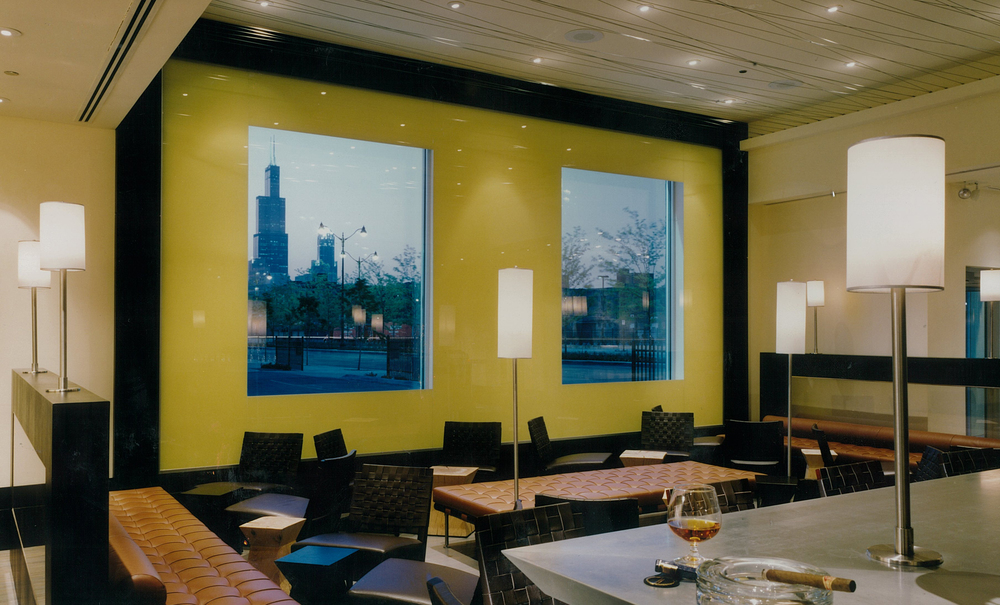 Bar area sears tower skyline.jpg