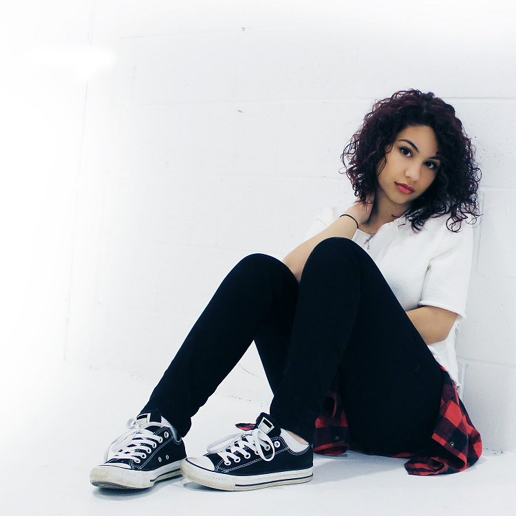Alessia_Cara_press_photo_2015.png