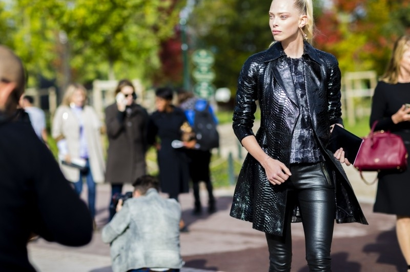 800f-paris-fashion-week-spring-2016-rtw-best-street-style-nabile-quenum-800x530.jpg