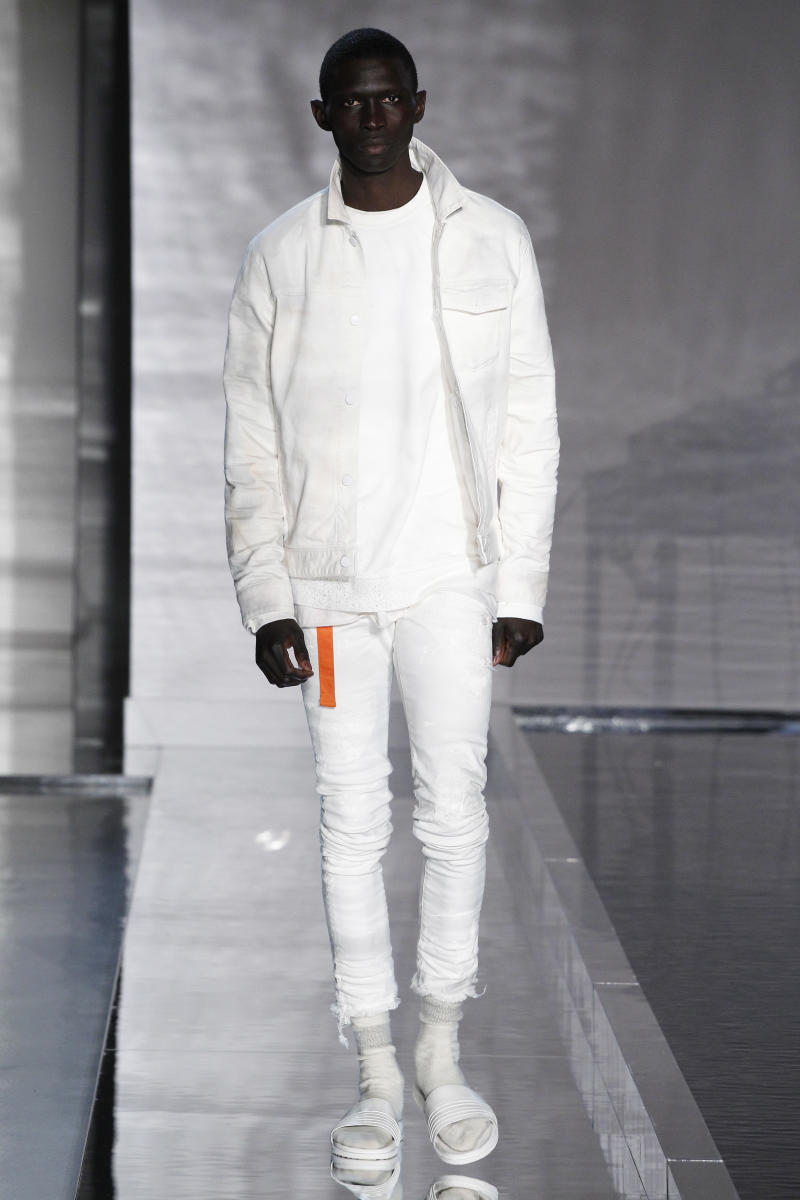 SS17_JohnElliott__Look%2030_oab86w.jpg