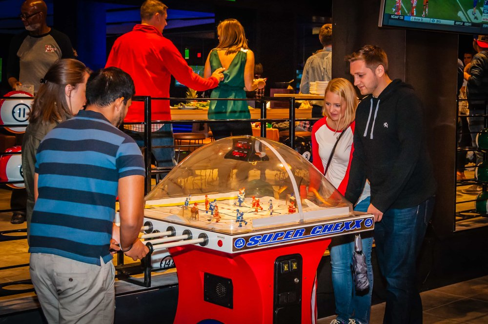 games-bubble-hockey-action.jpg