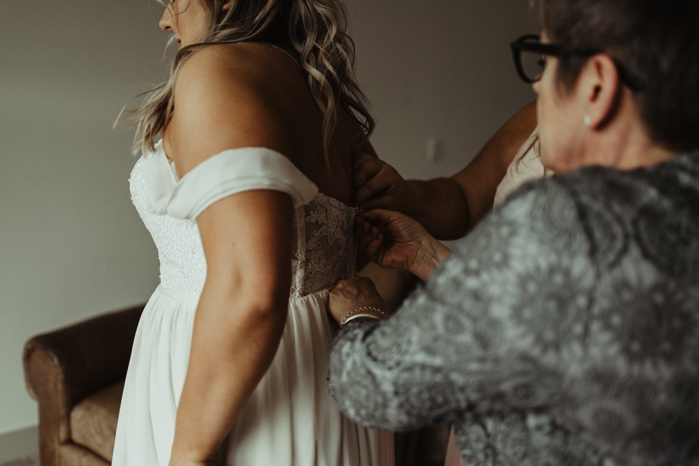 W+J - Calgary Wedding Photographer - Ghost Lake - Rocky Mountain Wedding-22.jpg