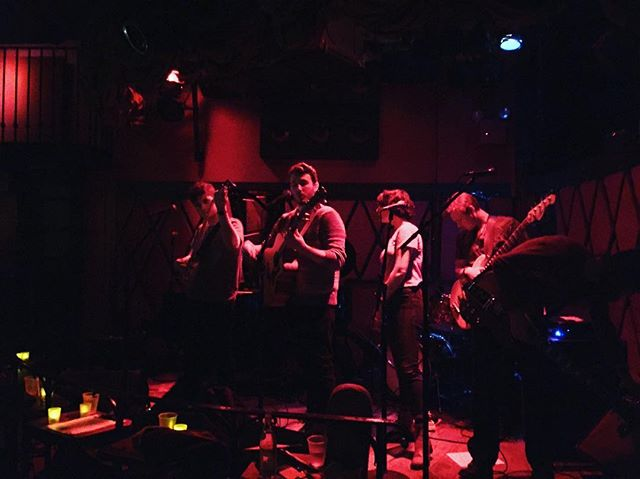 Warming up with #newcomersclub @rockwoodmusichall Stage 2. We're on at 9pm!  #livemusic #rockwoodmusichall #mikehubbard #synthpop #saturday #nycmusic #nyc #lowereastside #concert