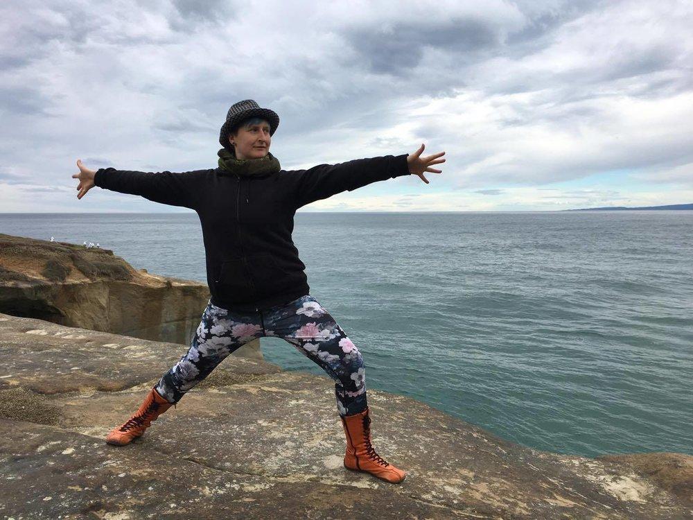 Sylvia Jasna Edge - Healium yoga.jpg
