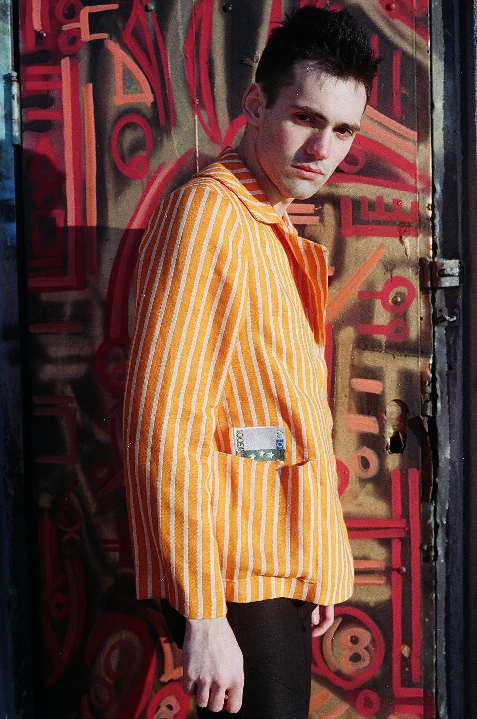 orange_jacket_joel_4.JPG