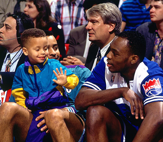 nailforyourcoffin :      Young Stephen Curry with father Dell Curry and Mitch Richmond