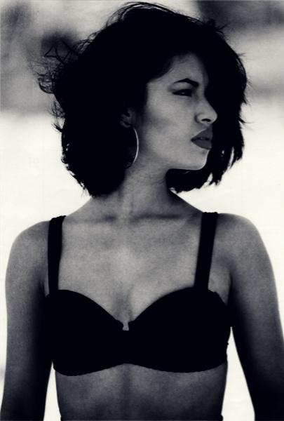 miszmasz-piff :      eduardolovestrees :     Selena in 1990: 19 years old     can't no reblog