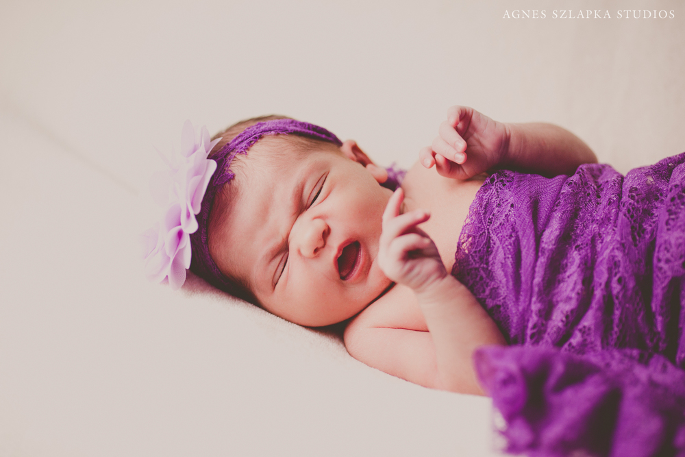 Cleveland, OH Newborn Lifestyle Photographer