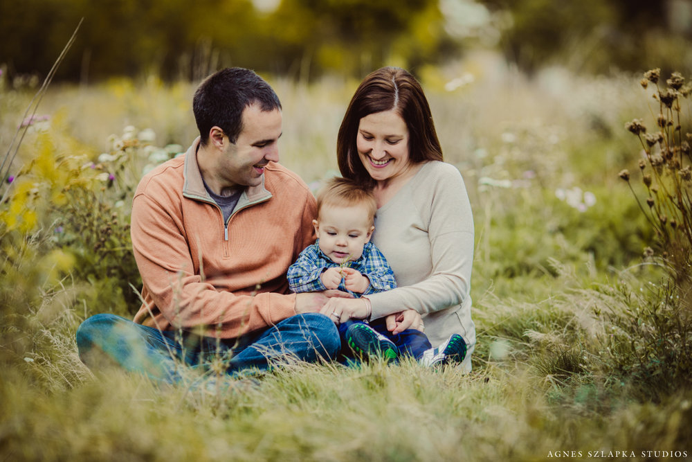 family of three-9 month old baby boy | cleveland, ohio portrait photographer