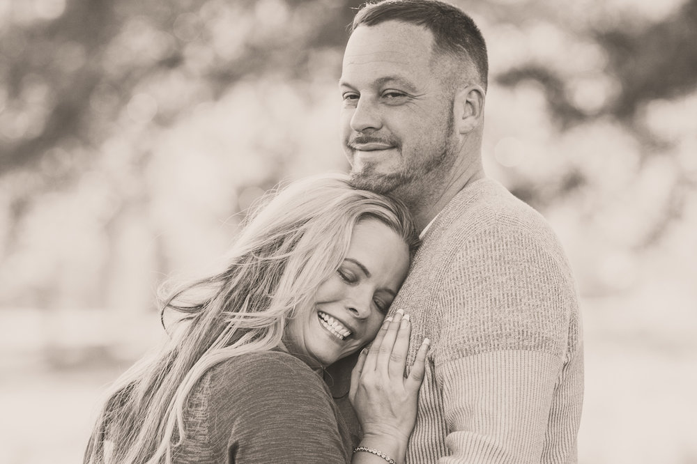 husband and wife laughing and hugging | cleveland, ohio lifestyle photos
