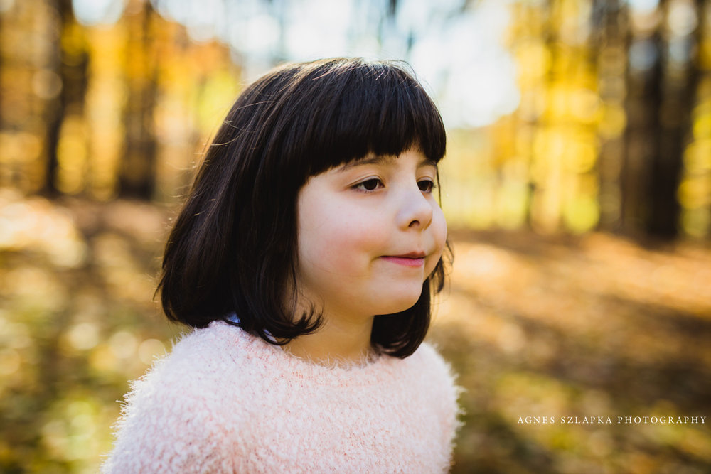 girl child in pink sweater during fall | cleveland, ohio family photographer