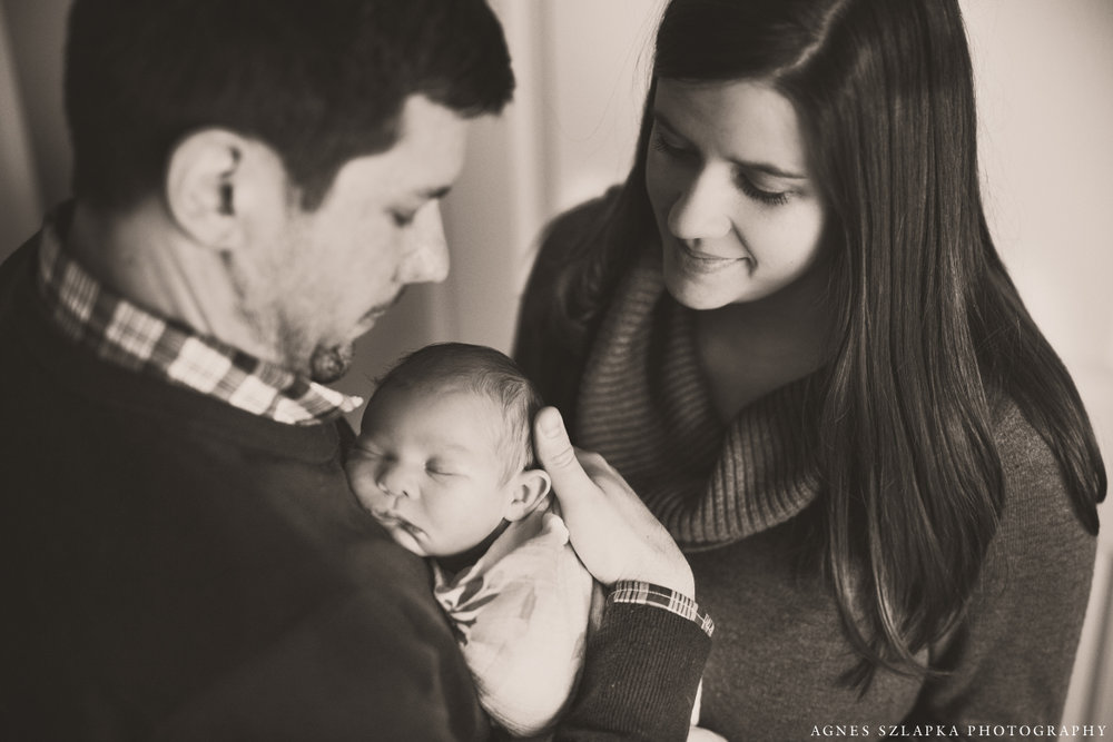 family of three with newborn daughter | cleveland, ohio baby photography