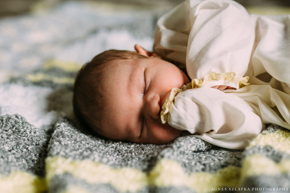 infant baby girl laying on handmade blanket | cleveland, ohio newborn photographer