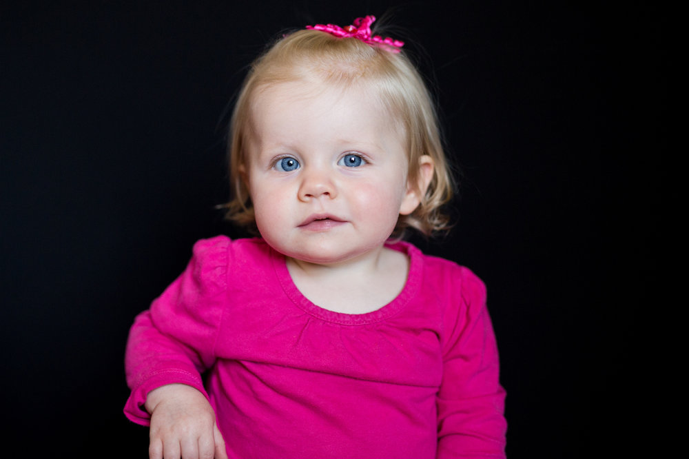 toddler girl with blonde hair and blue eyes | cleveland, ohio school portraits