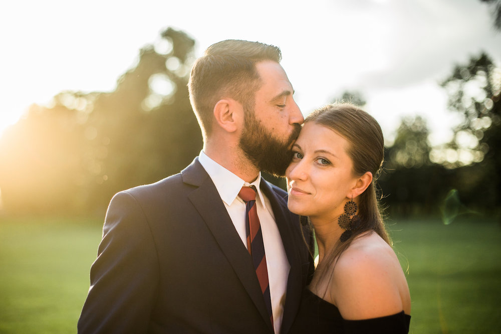 golden hour couple photography session | cleveland, oh lifestyle photos