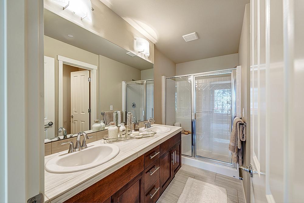 Maplewood Plan Master Bath