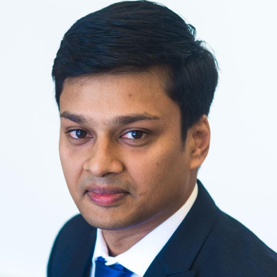 Gupta, Arjun 2 smaller.jpg