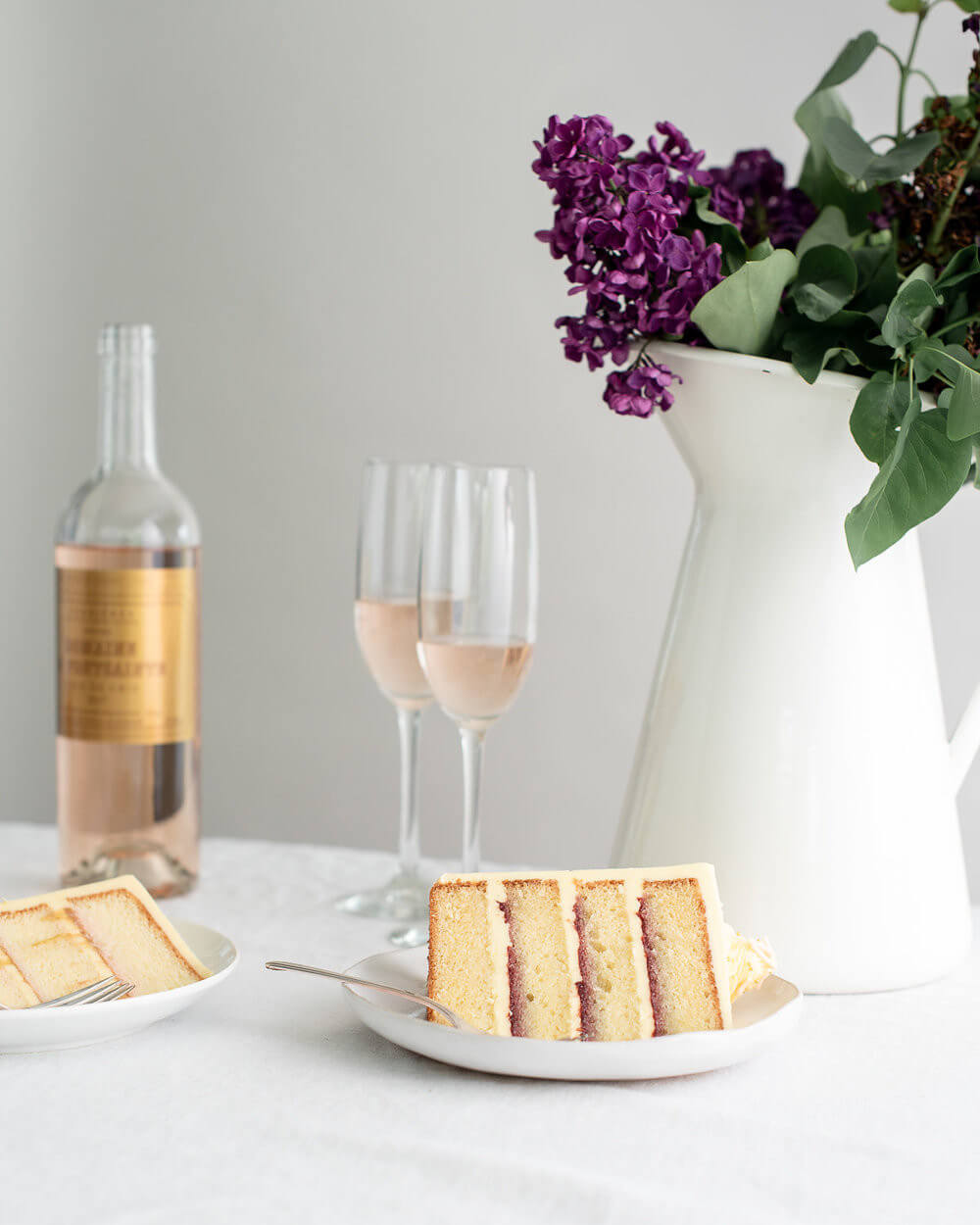 vanilla cake slice raspberry jam and rosé.jpg